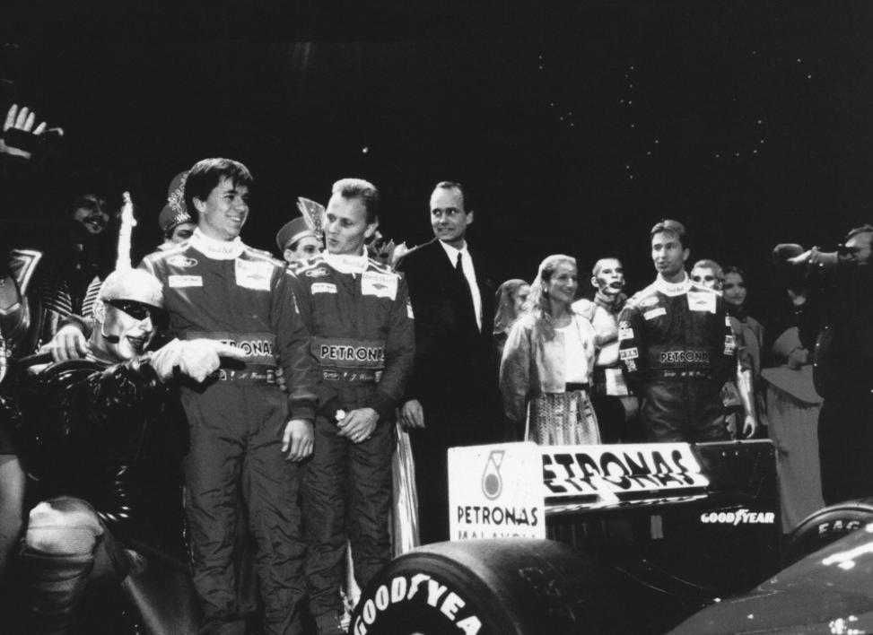 PETRONAS F1 Redbull Sponsor 1995